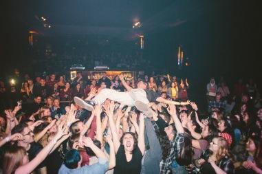 crowdsurfphoto